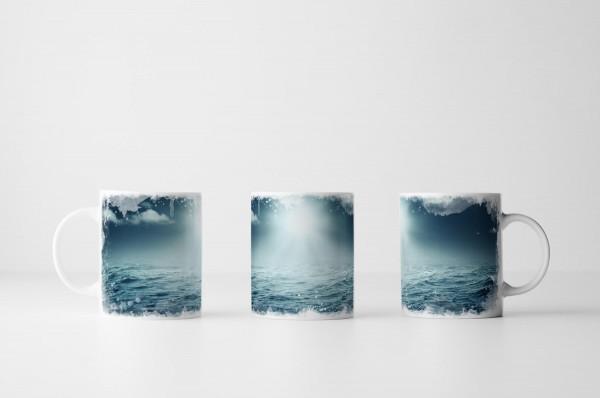 Tasse Fotocollage von Sonne über dem Meer