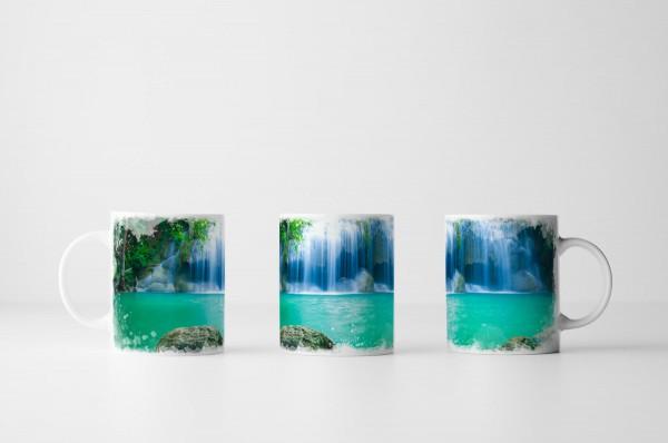 Tasse Erawan Wasserfall Kanjanaburi Thailand
