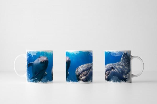 Tasse Zwei Delfine unter dem Meeresspiegel