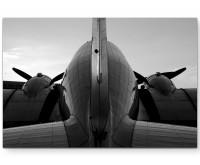 antikes Flugzeug von hinten