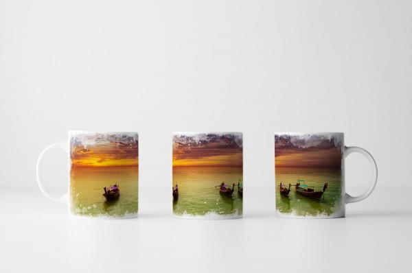 Tasse Boote am Strand