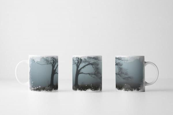 Tasse Einsamer Baum in Grau