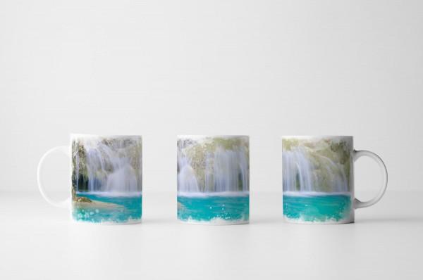 Tasse Wasserfall im Erawan Nationalpark Thailand