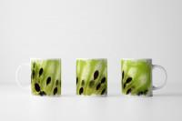 Tasse Aufgeschnittene Kiwi