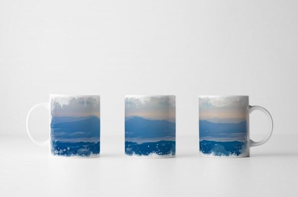 Tasse Blaue Nebellandschaft