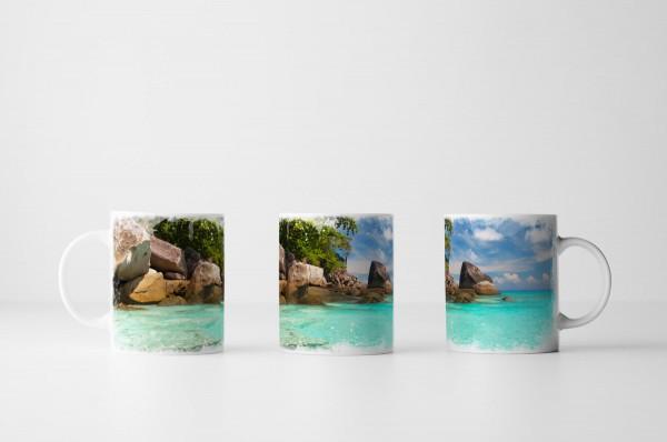 Tasse Idyllischer Strand mit türkisem Wasser