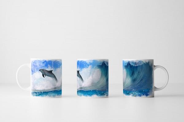 Tasse Schwimmende Delfine im Meer