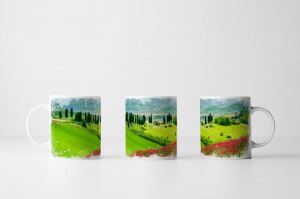 Tasse Mohnblumen auf Graswiese