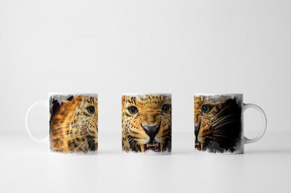 Tasse Porträt eines fauchenden Leoparden