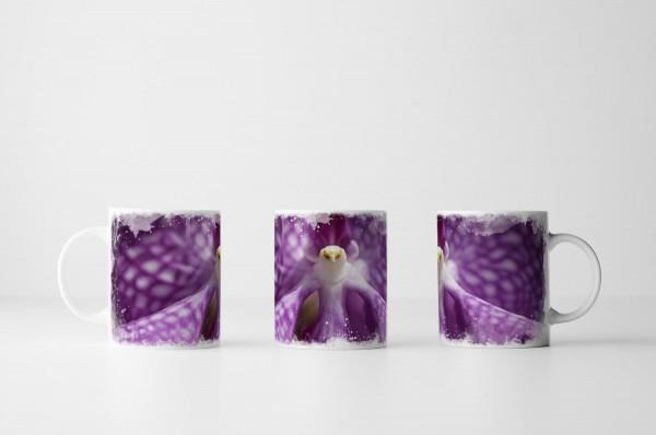 Tasse Lila Orchidee in Vogelform