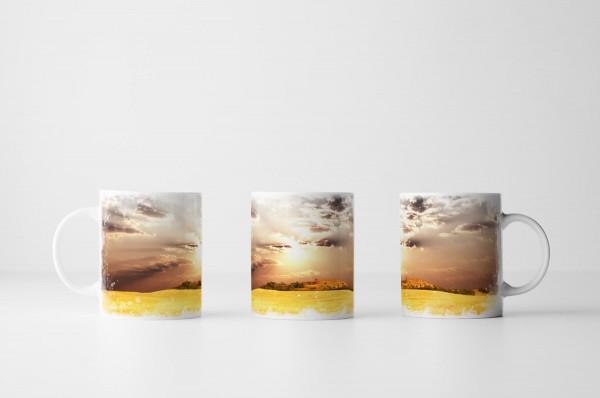 Tasse Weizenfeld bei Mittagssonne