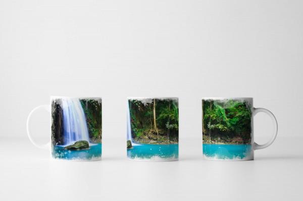 Tasse Wasserfall in Erawan Thailand
