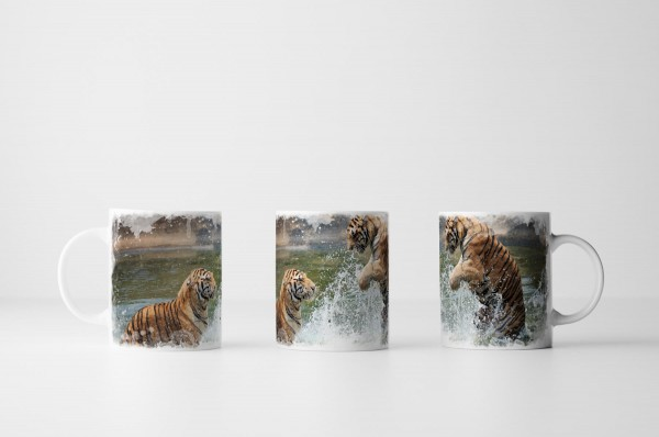Tasse Anmutige Tiger im Wasser